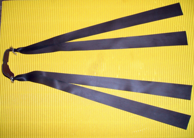 starterset kleine handliche handgefertigte hochleistungs schleuder baumstamm unikat top. Black Bedroom Furniture Sets. Home Design Ideas